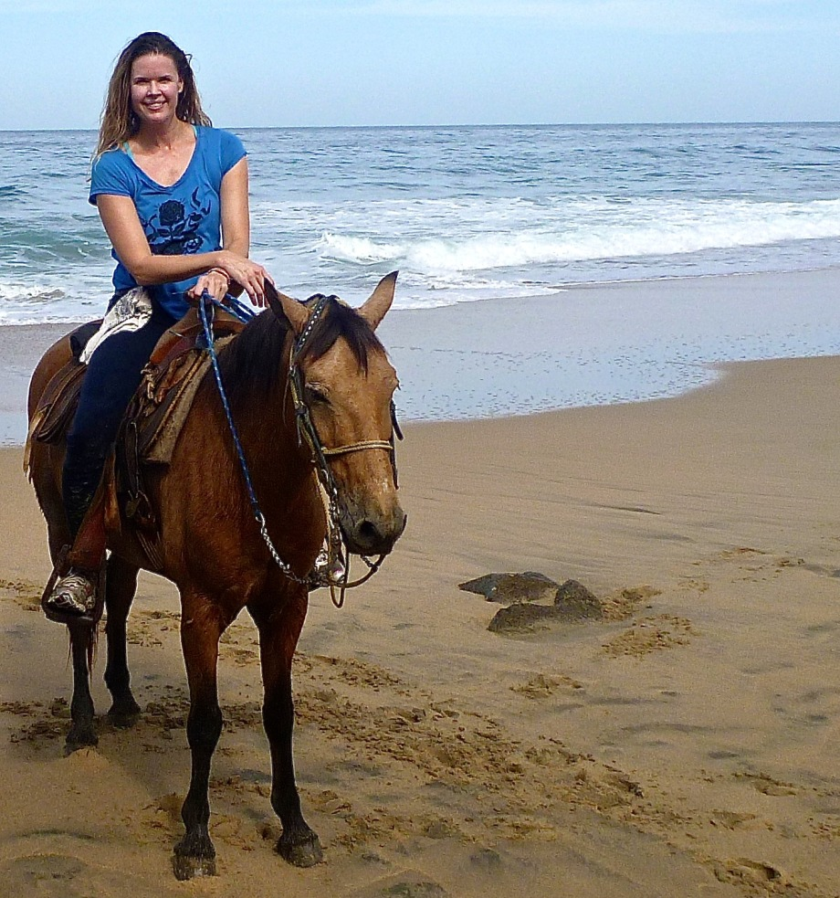 Playa Escondida horseback riding