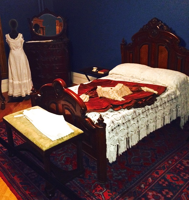 Isabella's bedroom, Lougheed House, Calgary