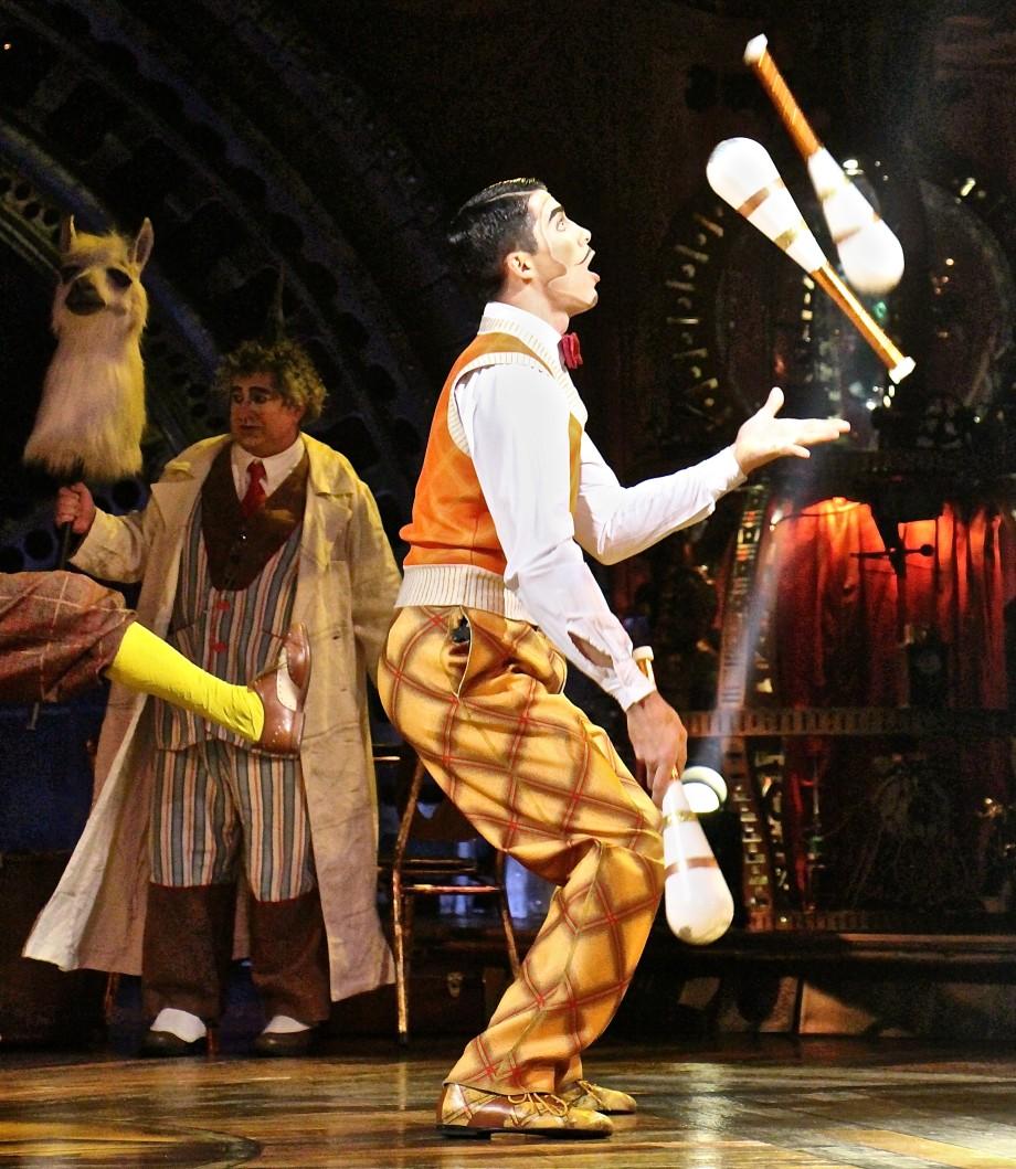 KURIOS juggler at Calgary Cirque du Soleil