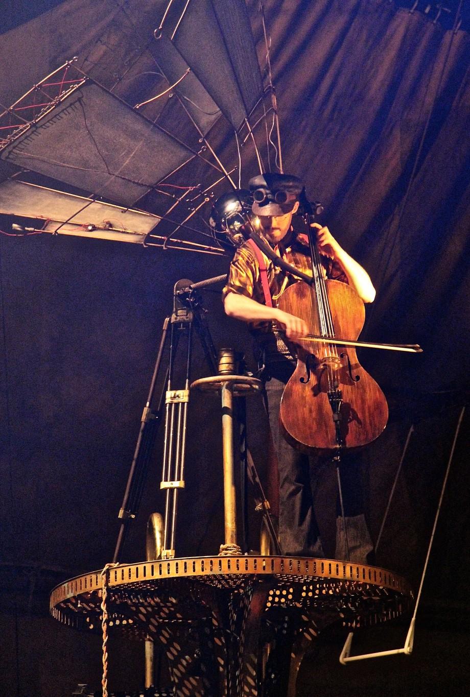 KURIOS Calgary cellist