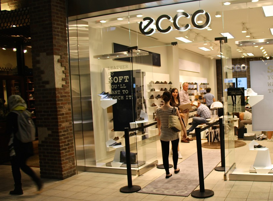 ECCO opens at Chinook Centre