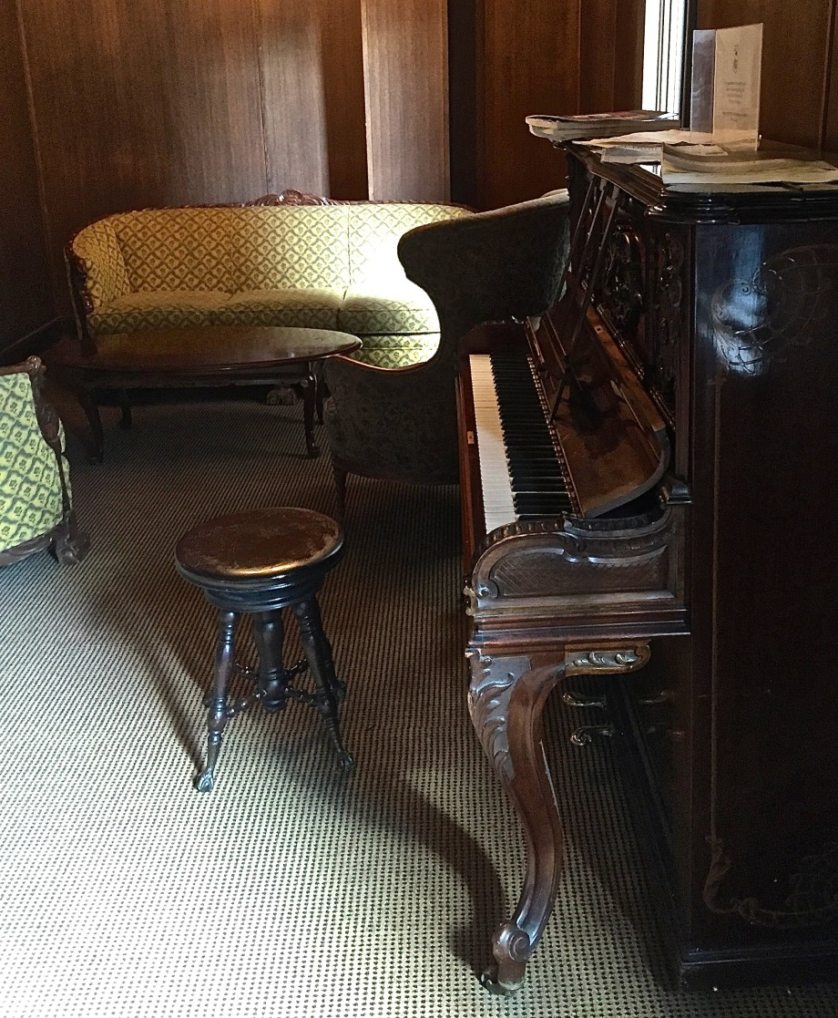 piano at Deer Lodge, Lake Louise