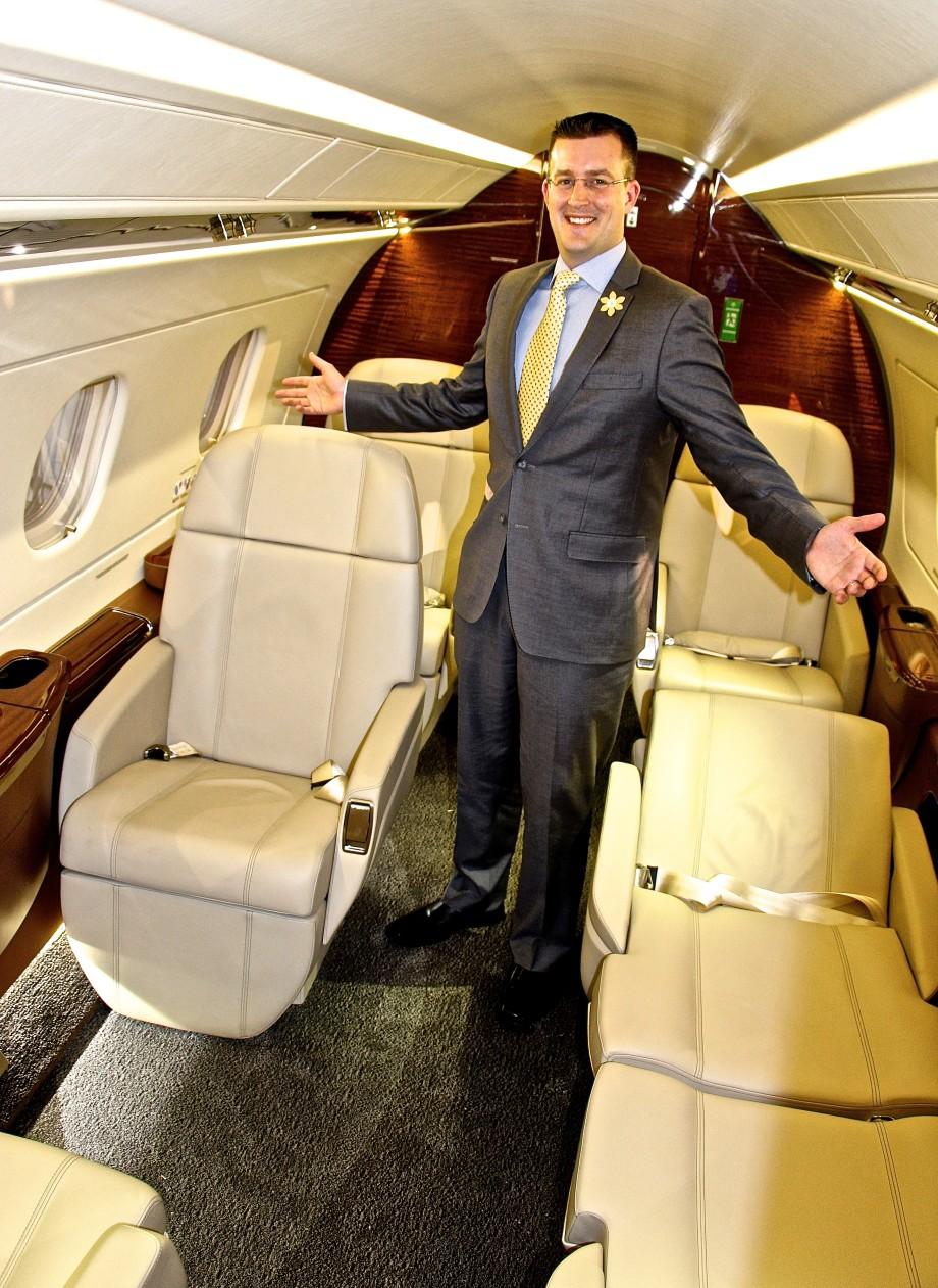 AirSprint Embraer Legacy 450